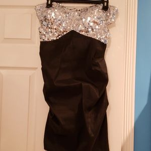 Strapless Black/Silver Sequin Dress 🖤